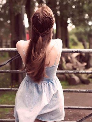 волосы в форме сердца