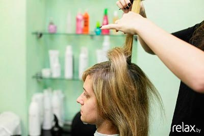 прическа на короткие волосы