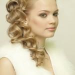Как уложить волосы для свадебной прически