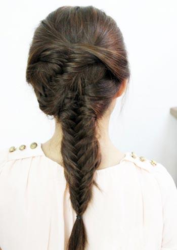 укладка прически с 2 косами