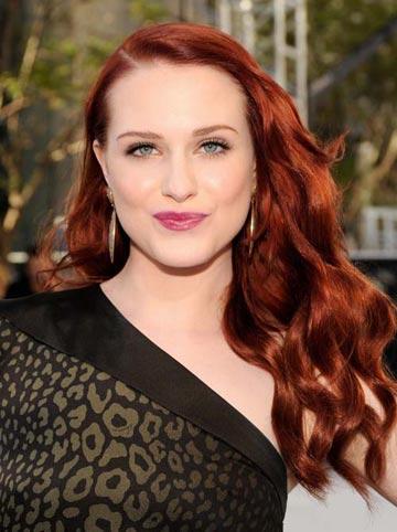 ярко рыжие волосы