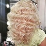 Голливудские локоны на длинный волос